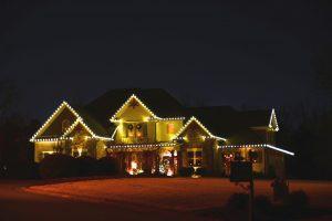 Christmas LightinChristmas Lighting Maple Ridge BCg Maple Ridge BC
